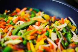 vegetables-frying-pan-greens