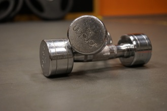 dumbbells-training-silver-sports-163498